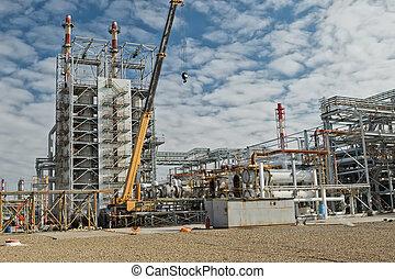 Repair work at the refinery