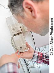 Repairing a fusebox