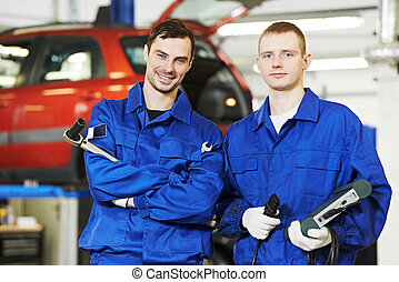 repairman auto mechanic workers