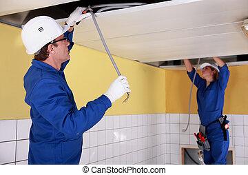 reparar, eletricistas, telegrafando, teto, dois
