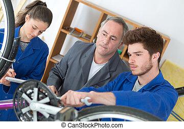 reparerande, lärling, cykel