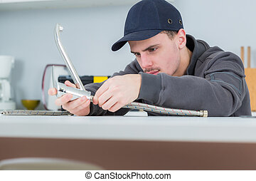 repareren, installatiebedrijf, keuken, kranen, zinken