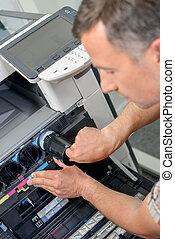 Replacin the printer ink
