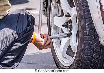 Replacing wheel vehicle