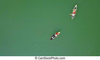 reposer, aérien, gens, été, aviron, lac eau, lake., holiday., bourdon, vert, équitation, pendant, vue., natation, bateau, vue