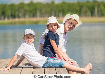 reposer, famille, bois, lac, jetée, heureux