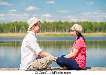 reposer, femme, bois, lac, jetée, homme