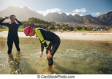 reposer, triathlon, après, séance entraînement, athlètes
