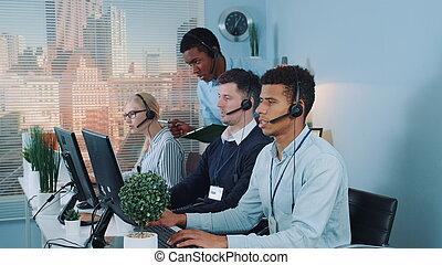 representativt, boss, chef, svart, service, ringa, rekommendationer, centrera, kund, ge sig