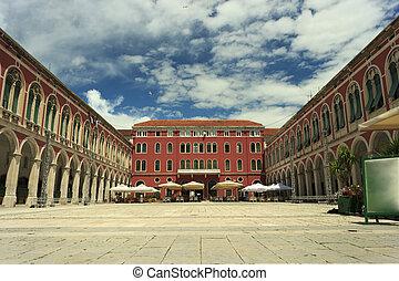 Republic Square Split - Republic (Prokurative) Square in...