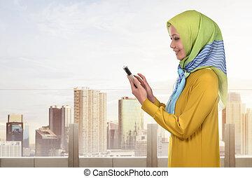 reputacja, smartphone, muslim, znowu, kobieta, asian, używając