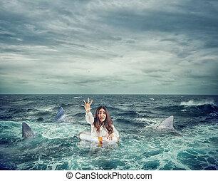 requins, ceinture de sauvetage, demande, femme affaires, entouré, aide