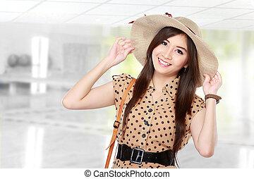 rero asian woman smiling
