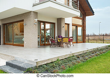 Residence with porch - Big modern residence with marble...