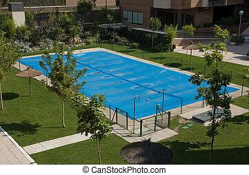 residencial, jardín, con, cerrado, piscina