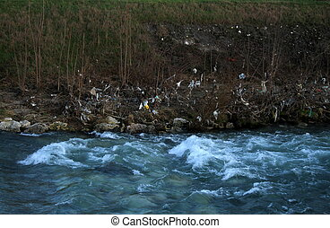 residues of the river in flood