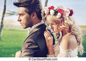 resistente, noivo, com, seu, delicado, esposa