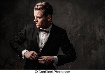 resistente, vestido, terno preto, afiado, homem