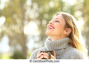 respirar, inverno, ar, fresco, senhora, feliz