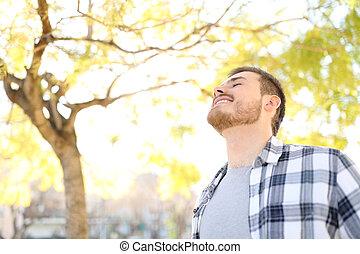 respiration, délassant, parc, profond, air, frais, homme, heureux