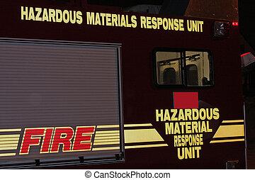 resposta emergência, caminhão