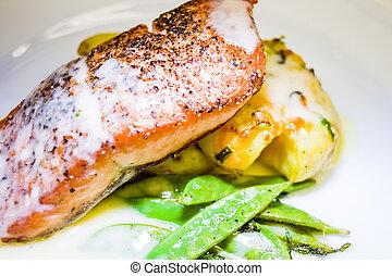 restaurace, móda, losos, oběd
