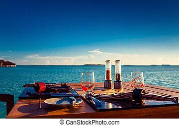 restaurang, tropisk, inställning, solnedgång, bord, under, strand