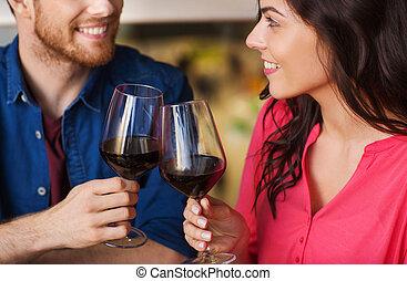restaurant, couple, boisson, dîner, heureux, vin
