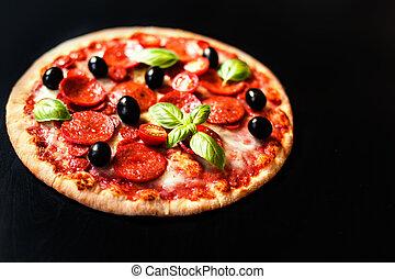 restaurant, délicieux, jambon, ingrédients, fond, fait maison, frais, pepperoni, sombre, pizza, menu., lard, vous, conception, viande