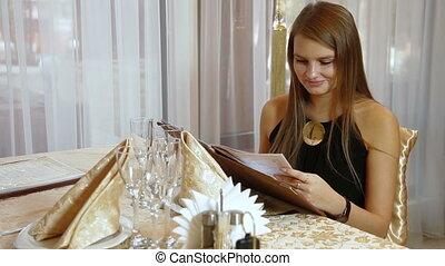 restaurant, femme, jeune