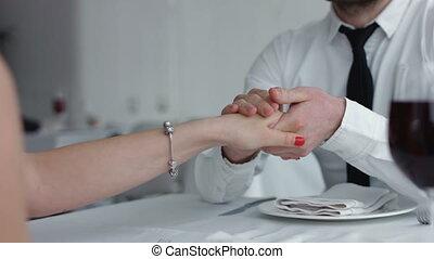 restaurant, restaurant., femme, romantique coupler, jeune, valentin, day., célébrer, dîner, boire, champagne, grillage, dating., homme