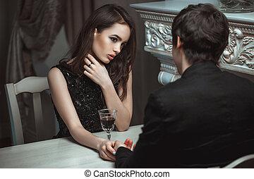 restaurant, vin, luxe, couple, beau, rouges, lunettes, jeune