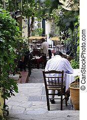 Restaurants in Plaka, Athens - Restaurants in Plaka, Athens