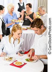 restauration, compagnie, événement, jeune, collègues, manger