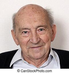 Retired senior portrait - Portrait of an old senior man ...