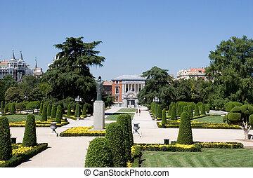 Retiro Park (Parque del Buen Retiro) in Madrid, Spain