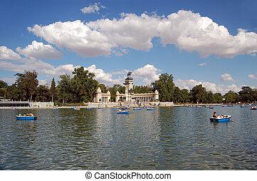 Retiro's Park Lake, Madrid