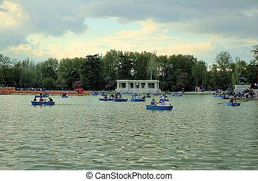 Retiro's Park Madrid 2
