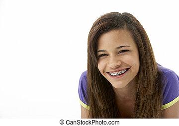 retrato, adolescente, estudio, niña sonriente