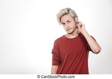 retrato, corte cabelo, homem jovem, elegante
