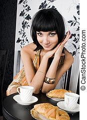 retrato, de, a, mulher bonita, em, restaurante
