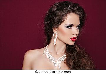 retrato, de, bonito, morena, mulher, com, diamante, jewelry., moda, foto
