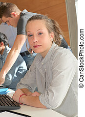 retrato, de, estudante, menina, em, treinamento, curso