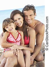 retrato, de, familia , en, verano, día feriado de playa
