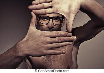 retrato, de, hombre, elaboración, un, cuadrado, por, manos