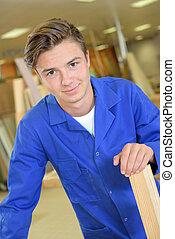 retrato, de, jovem, carpinteiro