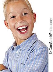 retrato, de, jovem, sorrir feliz, menino