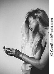 retrato de la muchacha, en, negro y blanco
