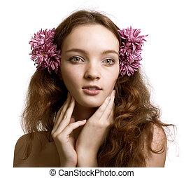 retrato, de, mulher bonita, rosto, com, floresça cabelo, isolado, branco