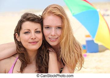 retrato, de, namoradas, praia